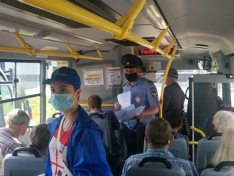 Ношение масок и перчаток проверили в Нахабино