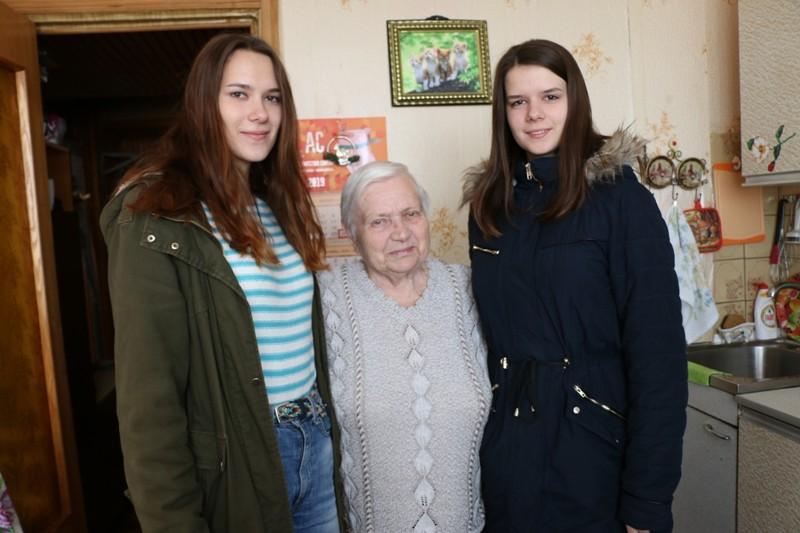 Активных представителей старшего поколения поздравили ко Дню пожилого человека